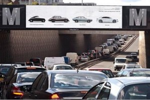 A mock-up CityLive screen on the Mancunian Way
