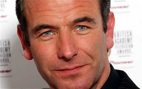 robson green how tall