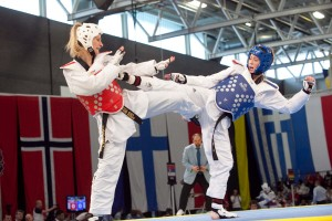 Taekwondo star Jade Jones in action (right)