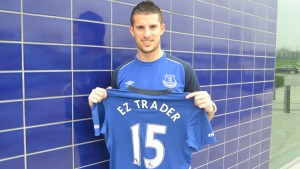 Everton's Kevin Mirallas marks the new deal