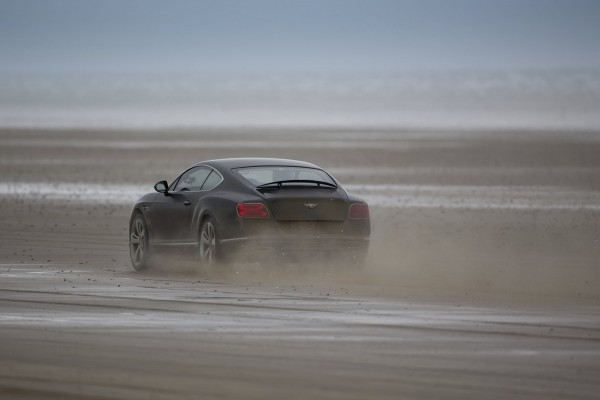 Elba in his Bentley during the challenge
