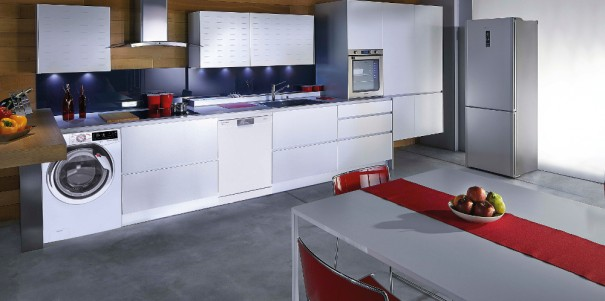 Hoover Wizard Kitchen - Lifestyle (low res)