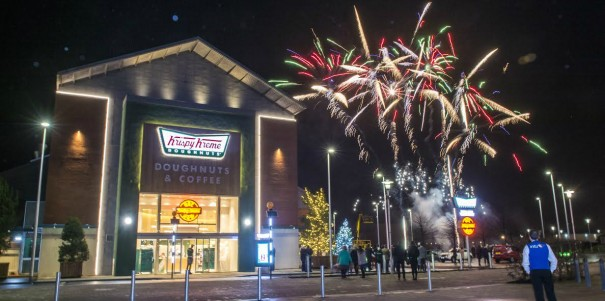 PIC BY LENNY WARREN/ CATERS NEWS - PICTURED: Krispy Kreme host a VIP party ahead of their new store opening at Braehead.